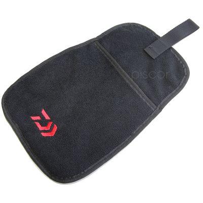 Daiwa Tovaglia Asciugamani con Sacca Porta accessori